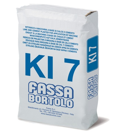 FASSA KI7 Fibre-reinforced lime and cement base coat plaster with water repellent properties on to masonry